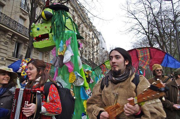 carnaval-musique-a-l-avant.jpg