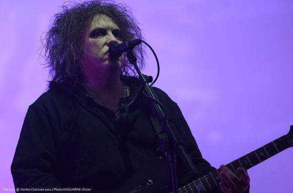 Thecure_04.jpg