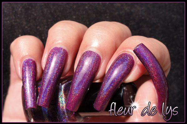 Glitter Gal Dark Purple 3D