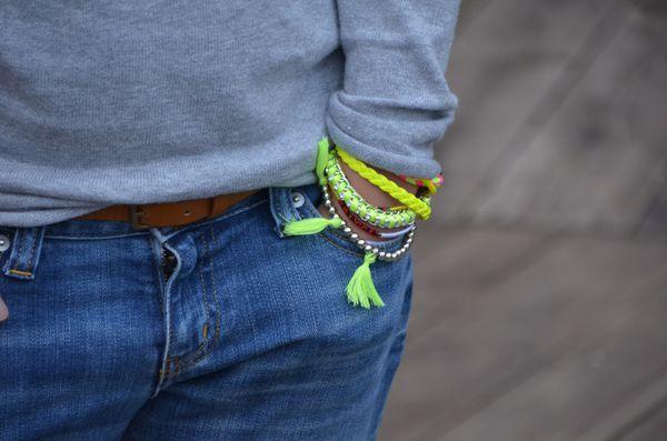 bracelet fluo hipanemalike