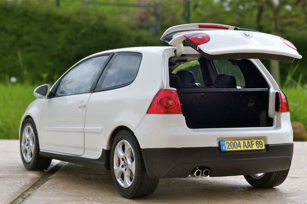 VW GOLF GTI COUPE BLANC NOREV06
