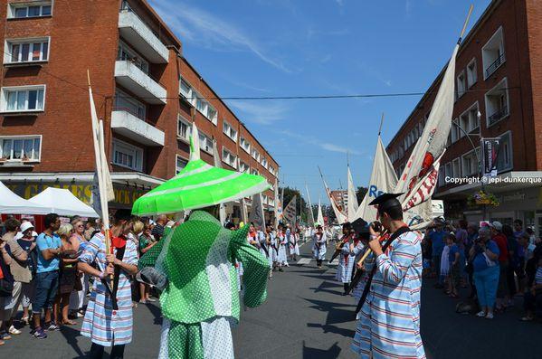 Parade (117)