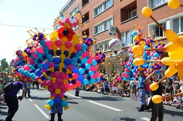Parade-----275-.JPG