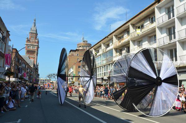 Parade-----324-.JPG