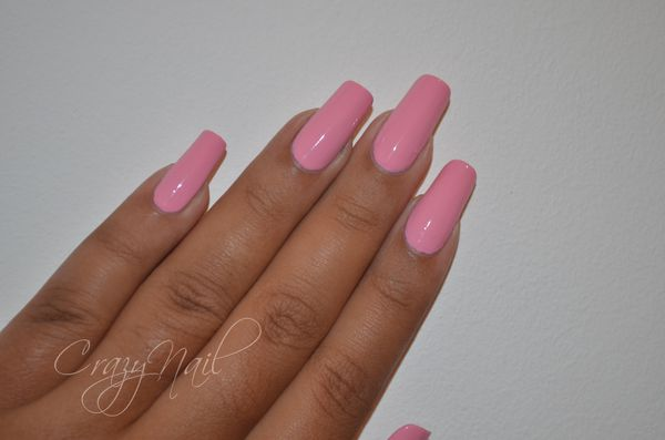 OPI-pinky-friday-l