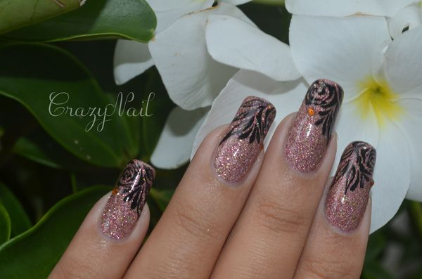 rose holographique-nails papillons