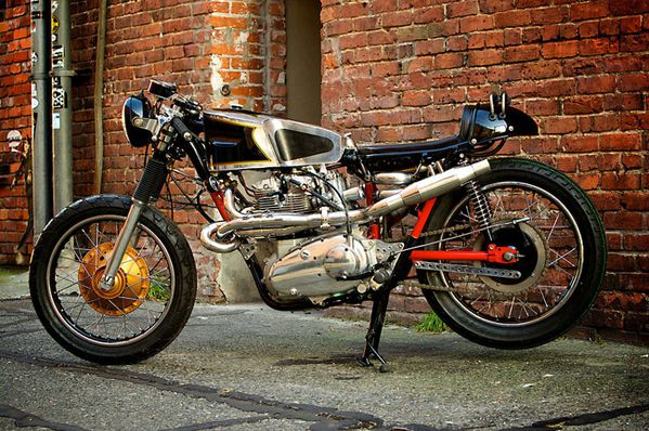 Triumph-Trident-Cafe-Racer.jpg