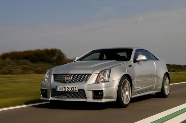 Cad.CTS-V-Coupé-action