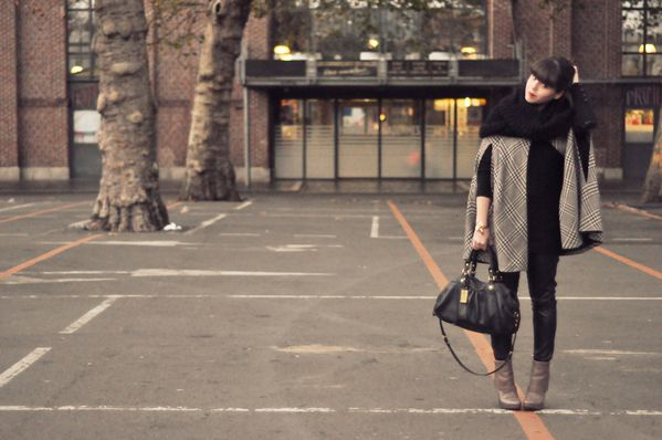 BLOG outfit hiver cape slim cuir (2)