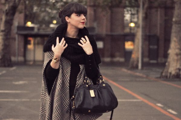 BLOG outfit hiver cape slim cuir (6)