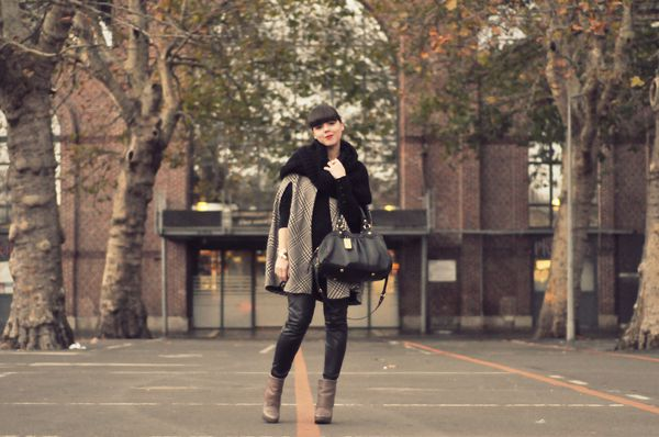 BLOG outfit hiver cape slim cuir
