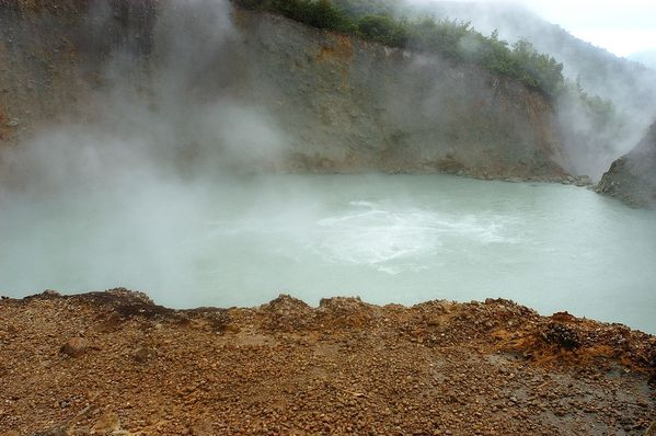 boiling_lake---Authentique-Dominique.jpg