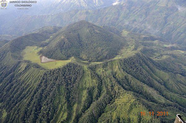 16.11.2011---Cerro-Machin---Ingeominas.jpg