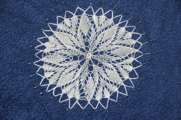 Aiguilles napperons le blog de crochet et tricot d 39 art de suzelle - Modele tricot aiguille circulaire ...