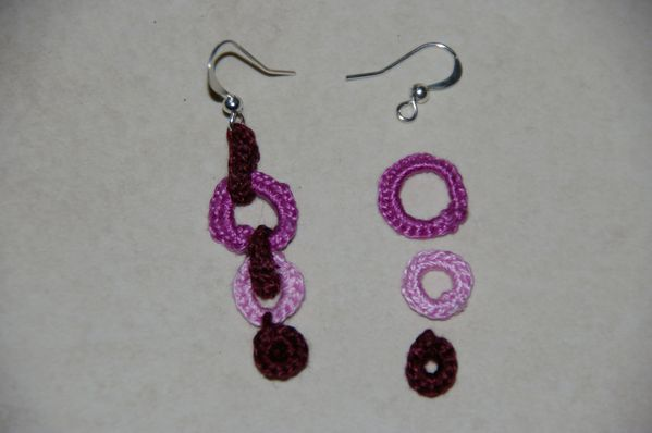 bijoux au crochet boucles d 39 oreilles vendange tutoriel gratuit le blog de crochet et. Black Bedroom Furniture Sets. Home Design Ideas