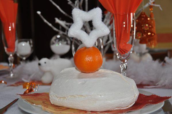 table-Noel-blanc-et-orange 0543