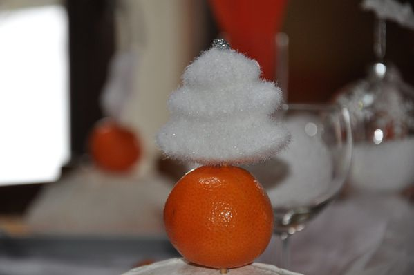 table-Noel-blanc-et-orange 0547
