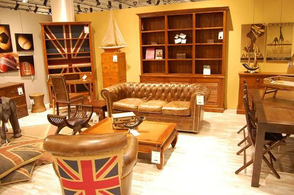 d co salon contemporain herblay pau 6382 salon de coiffure homme salon du bourget 2017. Black Bedroom Furniture Sets. Home Design Ideas