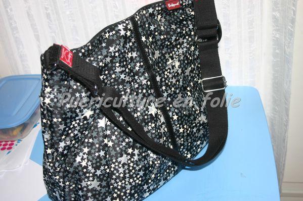 sac a langer babymel amanda printed zipper puericulture. Black Bedroom Furniture Sets. Home Design Ideas