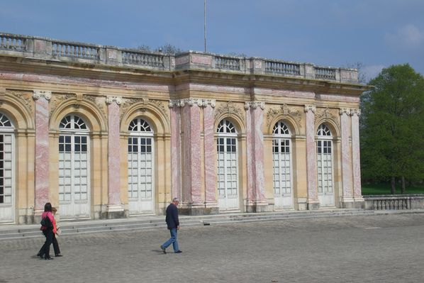 Versailles-Grand-Trianon-Louis-XIV.jpg