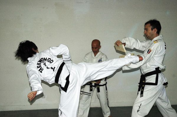semaine_culture-coreenne_Taekwon_Do_2.jpg