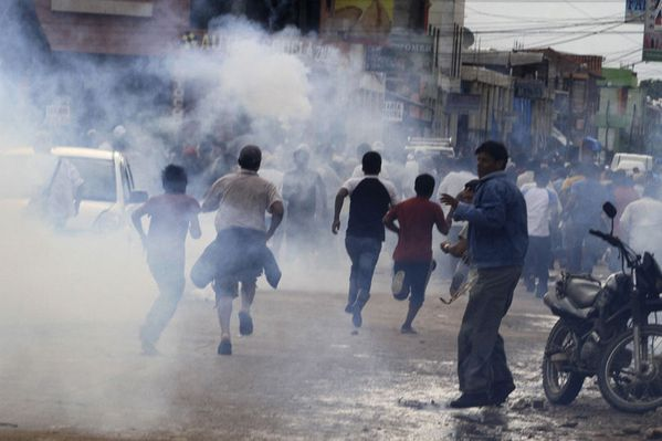 sem12jand-Z13-bolivie-repression.jpg