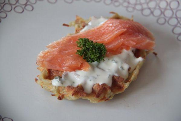 04-Avril-2013 1830 Gaufre pommes de terre saumon