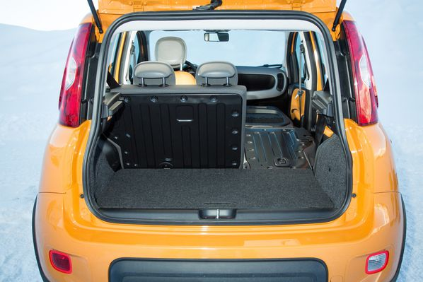 fiat panda 4x4 la bien nomm e. Black Bedroom Furniture Sets. Home Design Ideas