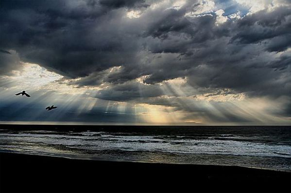 crepuscular rays 06