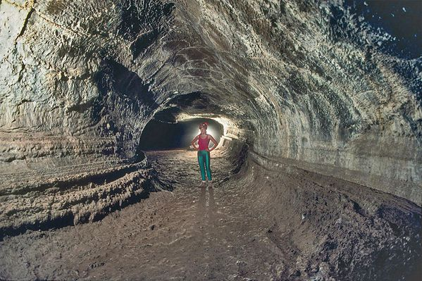 Valentine_Cave---Lava-beds-N.M.-Dave-Bunnell-007.JPG