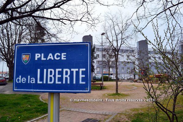 Place-de-la-Liberte-cmavillesolidaire.fr.jpg