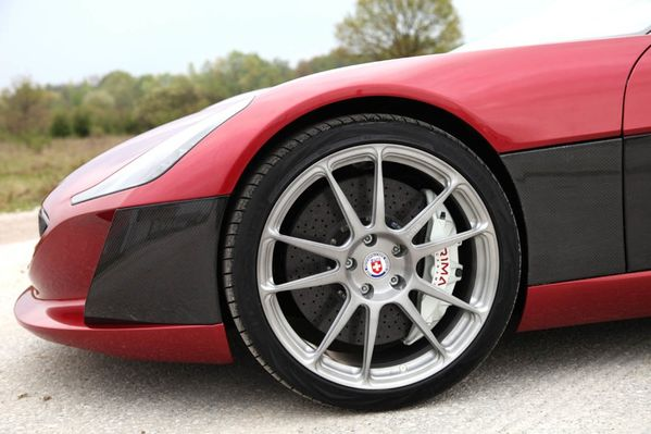 more-rimac-concept-one-03