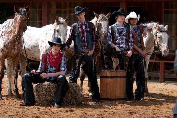 Heroes-cowboys 10