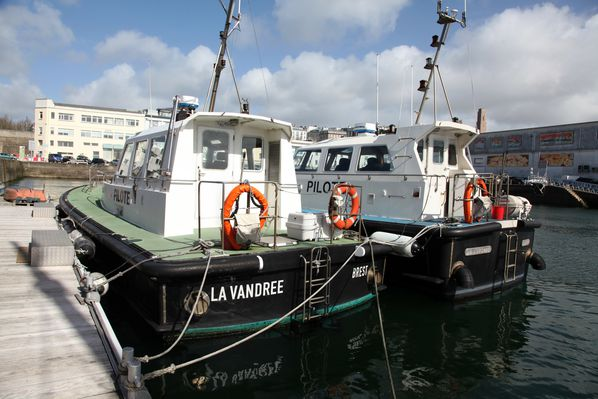 bateau-pilote-brest 3195c