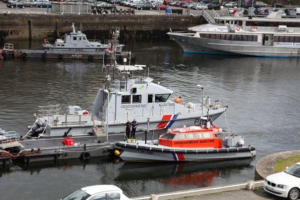 navire-militaire-penfeld 3280c