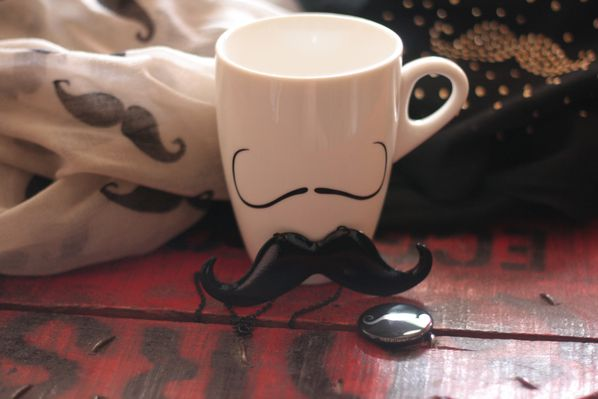 mug-collier-badge--foulards-moustache.jpg