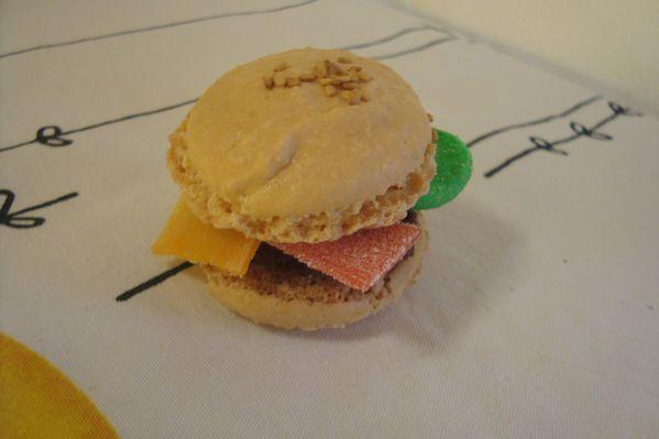 0000 mac arons burger (4)