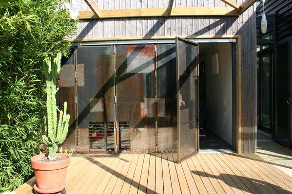 volet m tallique le blog de sebastouille. Black Bedroom Furniture Sets. Home Design Ideas