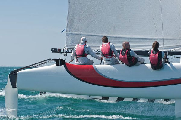 frederic_augendre_alinghi_extreme_40_oman_equipage.jpg