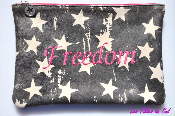 collection-P-E-2012-Pochette-en-cuir 0529