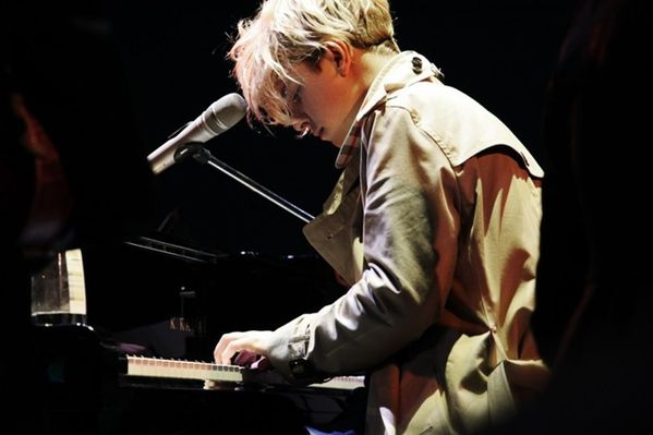 Tom-Odell---Another-Love-1.jpg