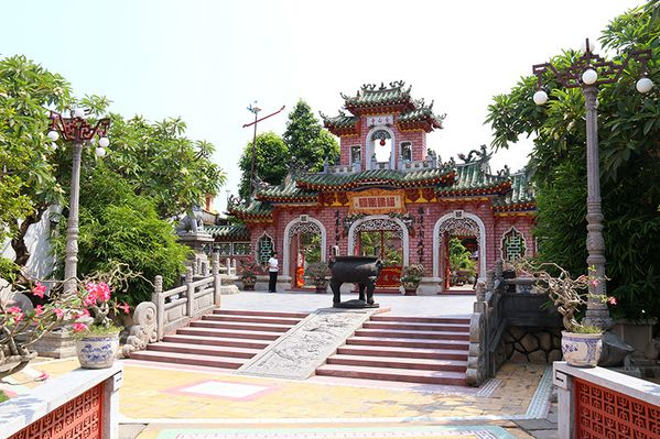 Vietnam__2240w.jpg