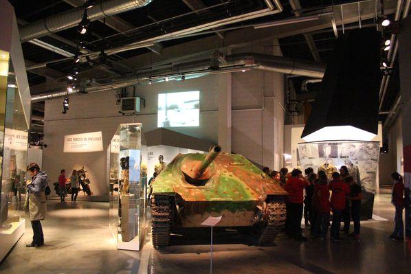 2014-04-24-Bastogne-War-Museum-P5P6 0062