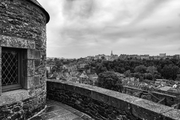 Chateau-Fougeres-3.jpg