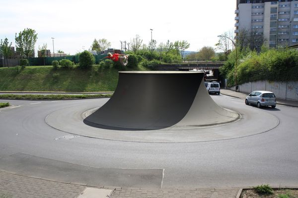 Robert-Rickhoff-skate-rond-point.jpg