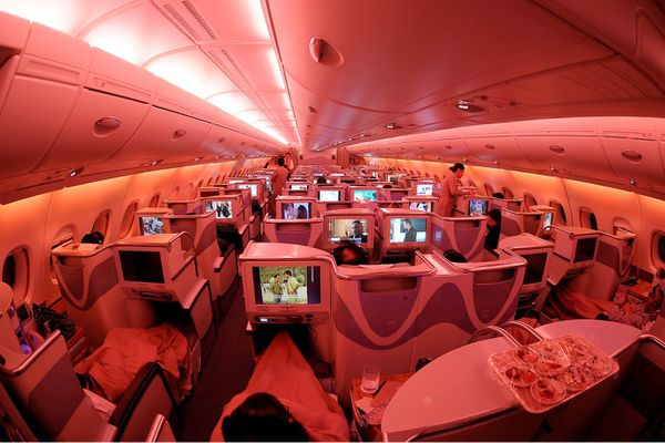 Emirates Airbus A380-861 Business classe