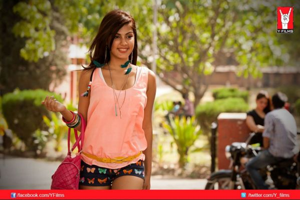 mere-dad-ki-maruti_RHEA-CHAKRABORTY---Blog-Bollywood---Boll.jpg