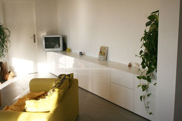 Ma maison bioclimatique solaire maison solaire for Meuble wc suspendu ikea