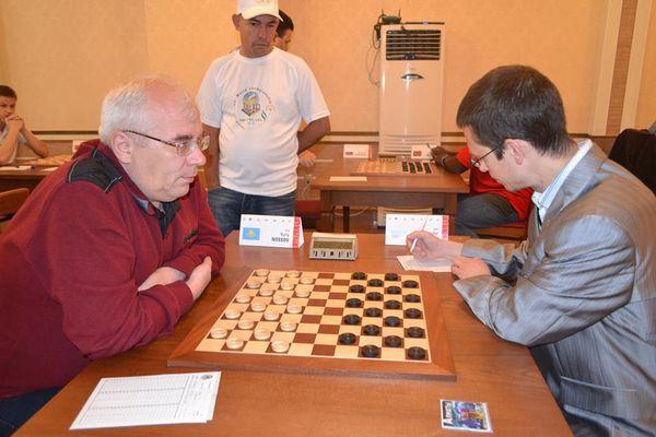 R7-Yuriy-Nossov---Alexandre-Georgiev-0-2.jpg