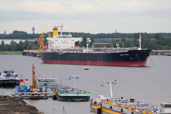 port 8904